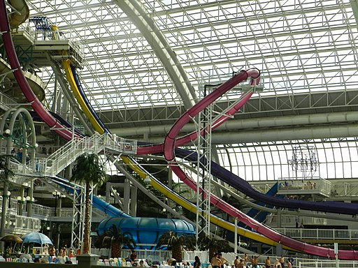 World Waterpark at West Edmonton Mall 02