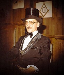 10baa7c99e599 Masonic Worshipful Master Bill Edgerton wearing his traditional top hat