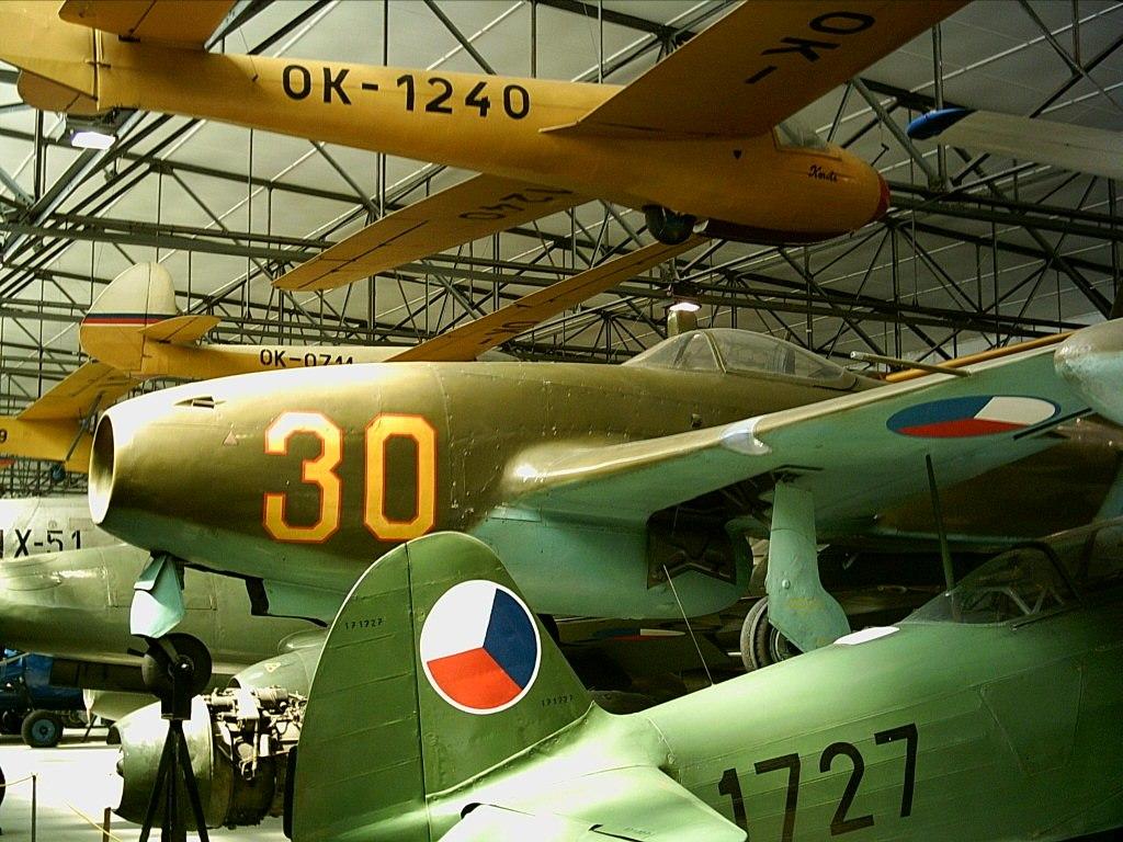 Yakovlev Yak-17 Kbely