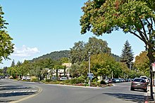 Yountville fork in road 1.jpg