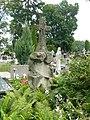 Zabytkowe groby na cmentarzu w Jazgarzewie 10.jpg
