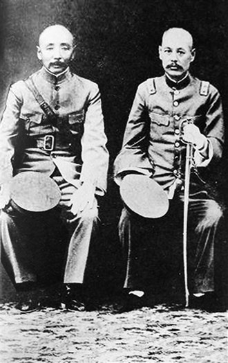 Warlord Era - Zhang Zuolin (left) and Wu Peifu (right), two of the most powerful strongmen of the Warlord Era