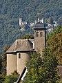 Église de Chamousset et château de Miolans.JPG