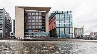 The Openbare Bibliotheek Amsterdam and Conservatorium van Amsterdam, two examples of 21st-century architecture in the centre of the city Offentliche Bibliothek und Konservatorium Amsterdam.jpg