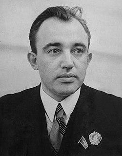 Александр Евдокимович Корнейчук.jpg
