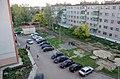 Двор ул. Мира 19 до расширения парковки (2012) - panoramio.jpg
