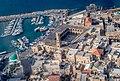 נמל ועיר עתיקה.jpg