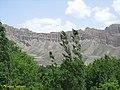 نمایی از سازند هزار دره در روستای حصاربن - panoramio.jpg