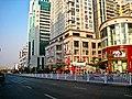 龙城路上 - panoramio.jpg