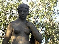 029 Deessa de Josep Dunyach, parc de la Ciutadella.JPG