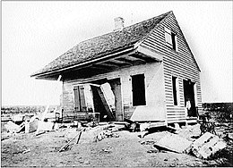 1893 cheniere caminada hurricane damaged house.jpg