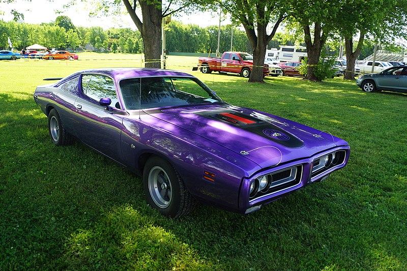 File:1971 Dodge Charger Super Bee (27460313056).jpg