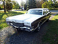 1972 Mercury Marquis Colony Park wagon front.jpg
