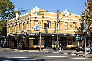 Elizabeth Street, Sydney - Image: 1 Zetland Hotel