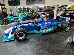 2000 Red Bull Sauber Petronas C19 in 2001 livery pic1.jpg
