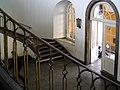 2004-08-23-bonn-universitaet-innenansicht-treppenaufgang-hofgarten-02.jpg