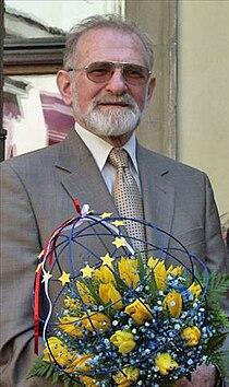 2004.05.01. Bronislaw Geremek 01.jpg