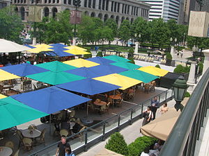 McCormick Tribune Plaza & Ice Rink - Image: 20080602 Park Grill Plaza from AT&T Plaza