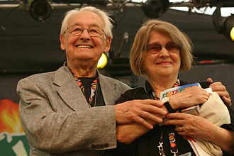 Krystyna Zachwatowicz - Krystyna Zachwatowicz with her husband Andrzej Wajda (2010).