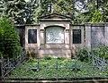 20100522160DR Dresden-Striesen Friedhof Familiengrab Ehntholt.jpg