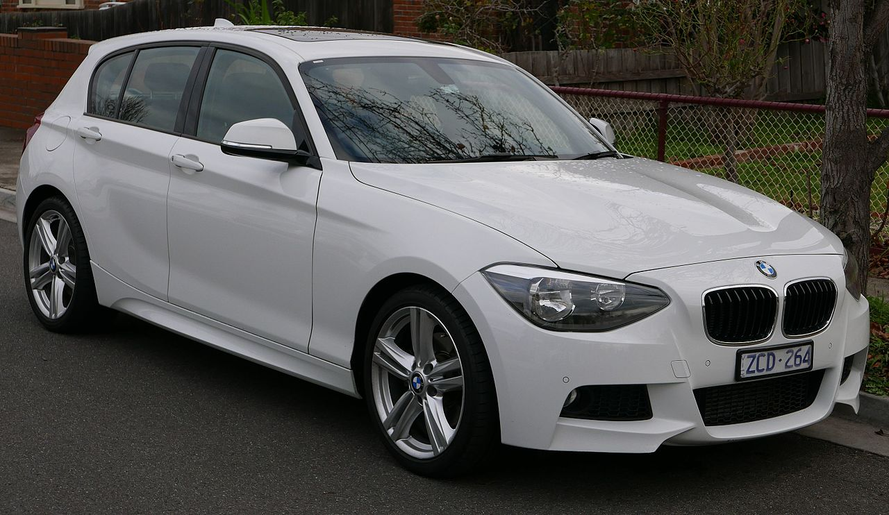 File:2012 BMW 125i (F20) 5-door hatchback (2015-07-03) 01.jpg ...