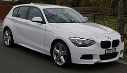 2012 BMW 125i (F20) 5-door hatchback (2015-07-03) 01.jpg