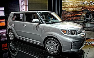 2013 Scion xB (13171157915).jpg