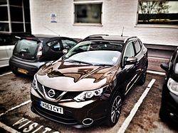 2014 Nissan Qashqai Left And Above.jpg