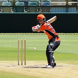 Charlotte Edwards - Edwards batting for Perth Scorchers, 2015
