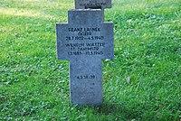2017-09-28 GuentherZ Wien11 Zentralfriedhof Gruppe97 Soldatenfriedhof Wien (Zweiter Weltkrieg) (079).jpg
