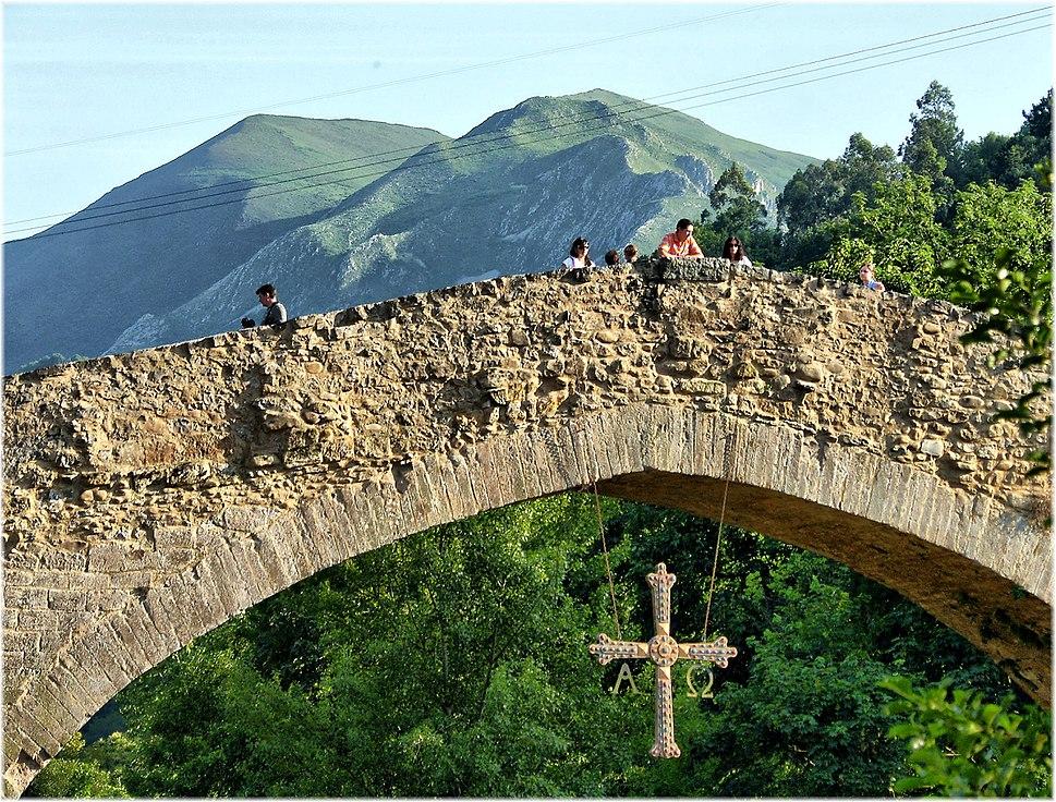 2482-Puente romano en Cangas de Onis (Asturias)