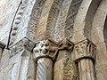 413 Sant Pere de Galligants (Girona), capitells del costat esquerre del portal.JPG