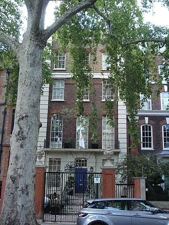 5 Cheyne Walk - Image: 5 Cheyne Walk London 04