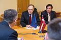 Ainars Latkovskis tiekas ar NATO ģenerālsekretāra vietnieku (23494513085).jpg