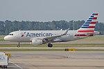 Airbus A319-112(w) 'N9010R' American Airlines (40367745735).jpg