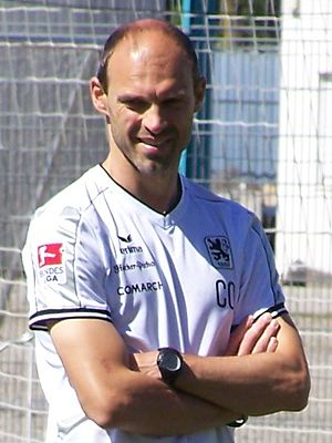 Alexander Schmidt (football manager) - Image: Alexander Schmidt 1860 2010 3