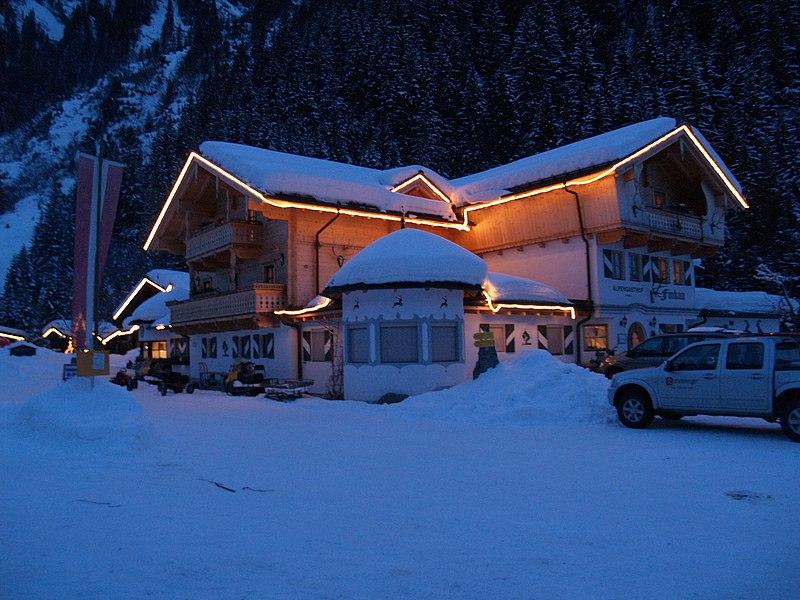 File:Alpengasthof Finkau - panoramio.jpg