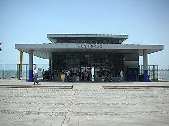 Alsancak - A view of Alsancak Pier in Kordon in 2015