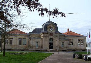 Ambarès-et-Lagrave - The Town Hall