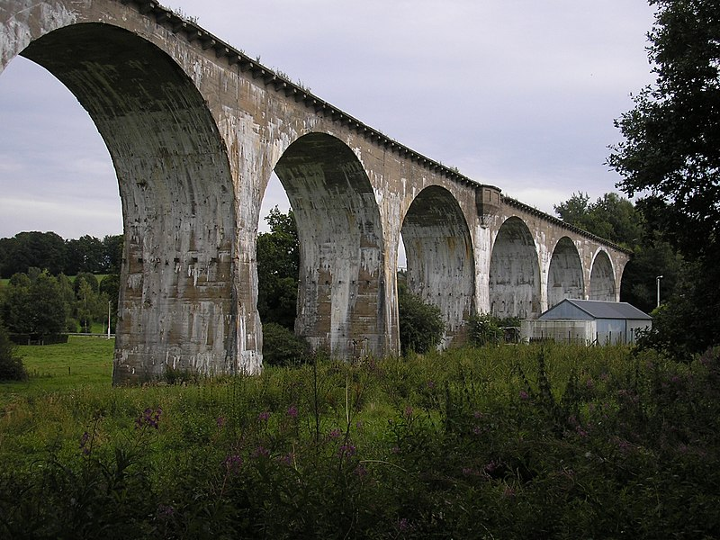 Bestand:Amel-Born Viadukt.jpg