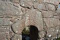 An Fál Mór Teampall Deirbhile Doorway Arch 2013 09 09.jpg