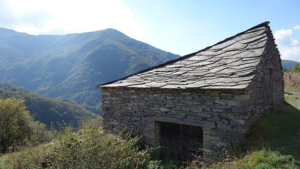 Ancares – Courel Casa de Piedra cerca de Moreda