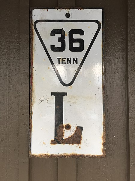 Fileancient Tennessee Route 36 Sign 38068130252jpg Wikimedia