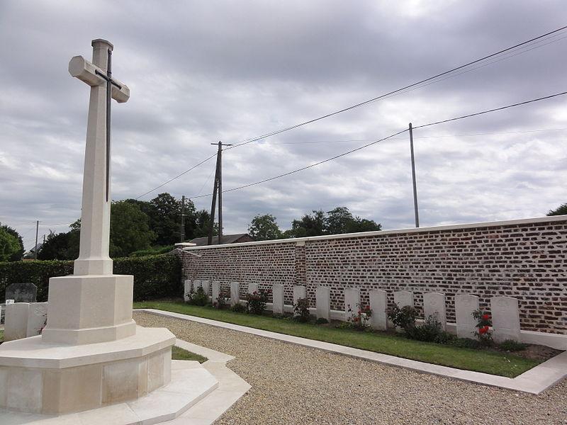 Annois (Aisne) cimetière, CWCG graves