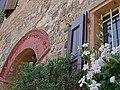 Antico portale di abitazione nobiliare del Borgo di Savignano sul Panaro.jpg