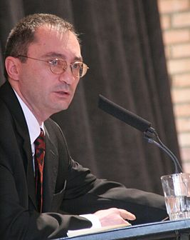 Armen Ayvazyan (Aivazian) at Conference - 2008.jpg