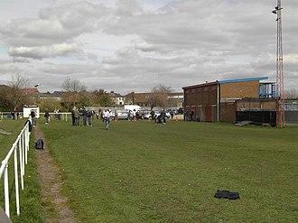Askern F.C. - Image: Askern Villa fc cricket pitch end