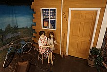 a world war ii american home front diorama depicting a woman and her daughter at the audie murphy american cotton museum