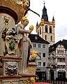 Auf dem Marktplatz in Trier. 01.jpg