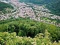 Ausblick auf Lichtenstein vom Schwäbische-Alb-Nordrand-Weg (Hauptwanderweg 1, HW 1), Albsteig ^ Schwarzwald-Schwäbische-Alb-Allgäu-Weg (HW 5) - panoramio (1).jpg